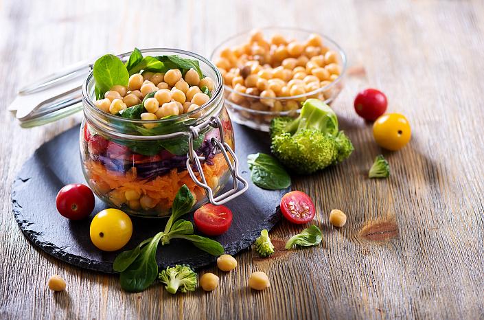 польза нута, нут с овощами