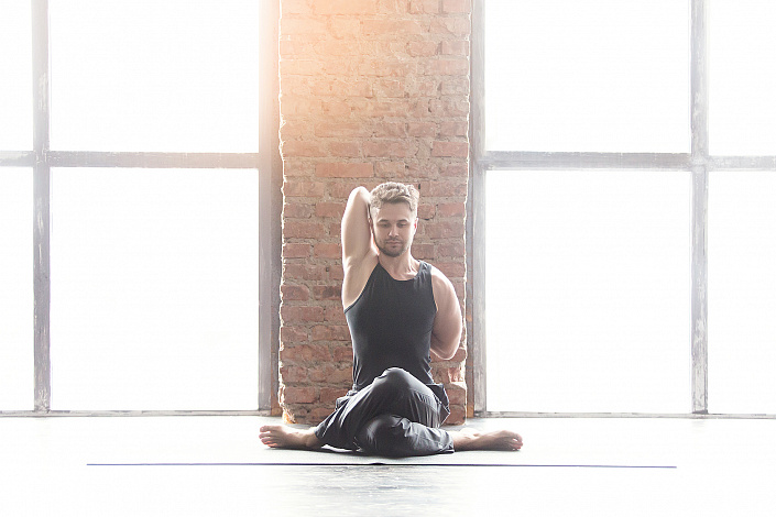 Гомукхасана, йога, асана