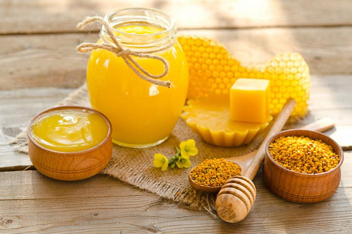 Чем полезен воск пчелиный из сот